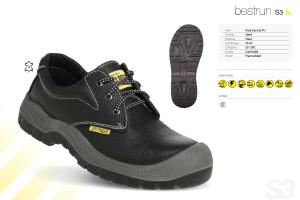 Contoh Sepatu Safety dengan Kelas S3