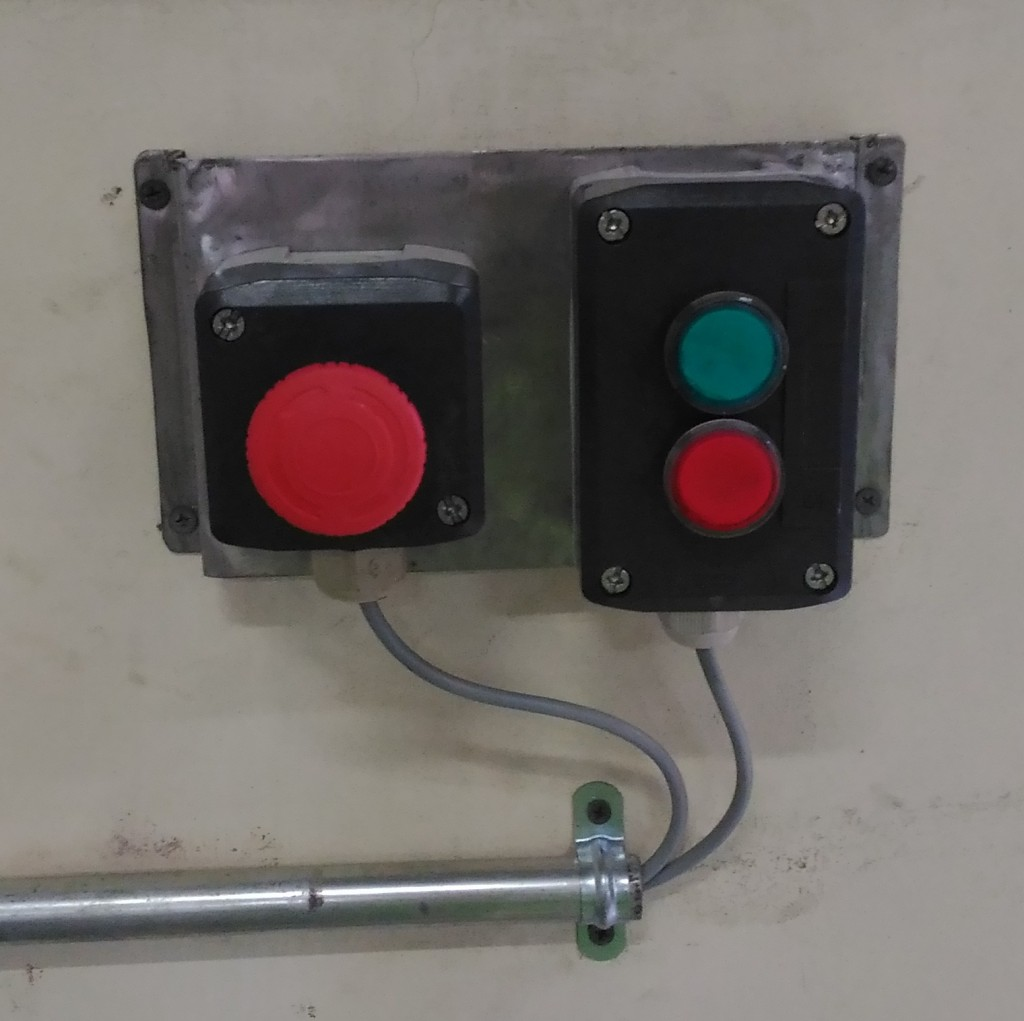 Push Button dan Indikator
